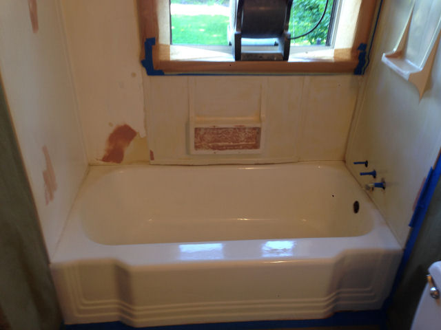 Wayne from New Castle, PA :: Fiberglass Bathtub and Shower Refinishing